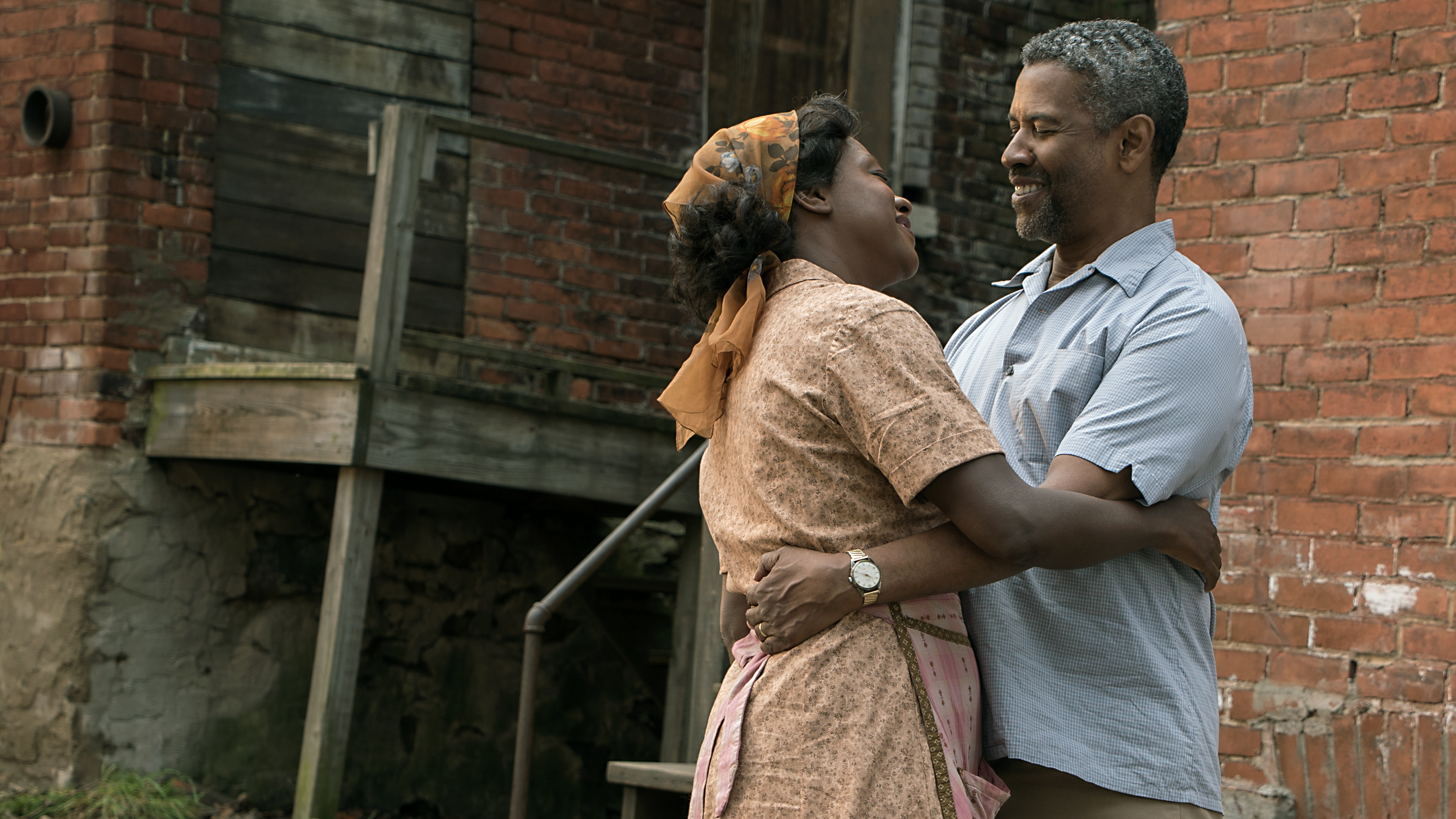"""Denzel Washington says his character, Troy, """"thinks he can control death and the devil, and he finds out in the worst way that he can't."""" Washingtonstars alongside Viola Davisin Fences</em"""